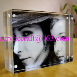 China Customize 5mm transparent Acrylic Photo Frame PMMA Photo Stand on sale
