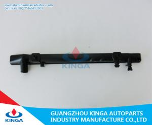 China Tanque plástico de refrigeração água do radiador inferior para JZS133 da COROA 1992 - 96 on sale