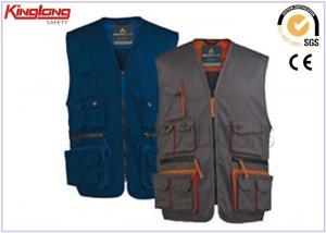China Men's sleeveless Jacket Polyester Cotton Work Vest with Multi pocket on sale
