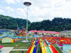 China Customized 6 Lines Open Spiral Slide Aqua Splash Adult Water Slides For Water Park on sale