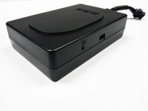 China Accuracy Positioning Car GPS Tracking Device With History Playback on sale