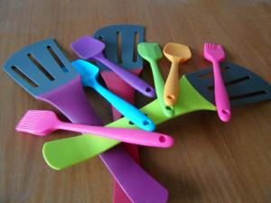 China Colorful Silicone Utensils For Kitchen, Silicon Spoons Spatula, Cooking Spatulas on sale