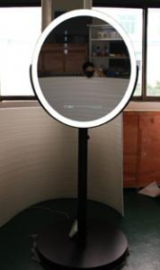 China Oval Photo Printing Magic Mirror Photo Booth 23.6 Windows Android OS D - Sub Interface on sale