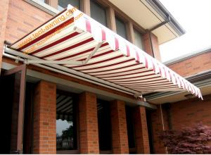 Aluminum Retractable Motorized Remote Control Awning For Outdoor