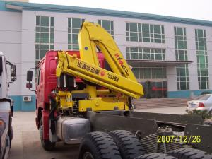 China Sinotruk Tractor Truck Mounted Cranes Equipment 336hp 6×4 XCMG12 Tons Crane on sale