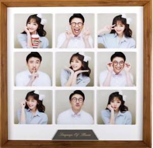 China Personalised Acrylic Photo Frames 15.6 * 15.6cm Acrylic Wall Frames Long Durability on sale