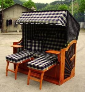 China Brown Wood And Resin Wicker Roofed Beach Chair & Strandkorb , UV Resistant on sale
