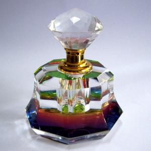 China Nickel Free Crystal Perfume Atomizer Crystal Perfume Bottle With Stopper on sale