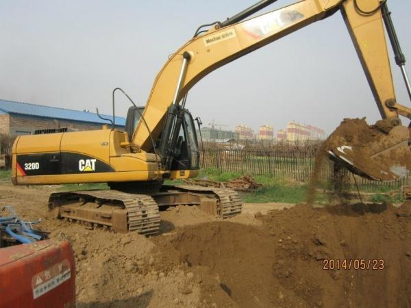 2364 Hours Used Cat Excavator 320D Year 2012 , Professional Used