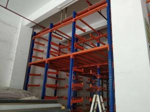 China Steel Q235 Cantilever Mix Mezzanine Industrial Warehouse Racks For PVC Carpet on sale