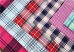 O fio de algodão confortável tingiu a tela de matéria têxtil home 100gsm da tela