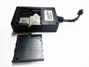 China Internal Antenna GPS GSM Tracker High Precision For Motorcycle And Other Vehicles on sale