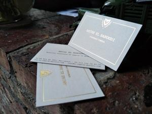 China Beautiful Delicate Gold Letterpress Business Cards Full Color Printing For Garments on sale