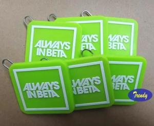 China Personalized Green Color Square Shape Silicone Zipper Head Charms With Cloth Brand Name Logo on sale