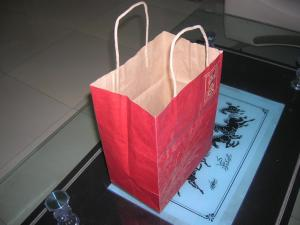China Excellent design kraft paper shopping bag with OEM on sale