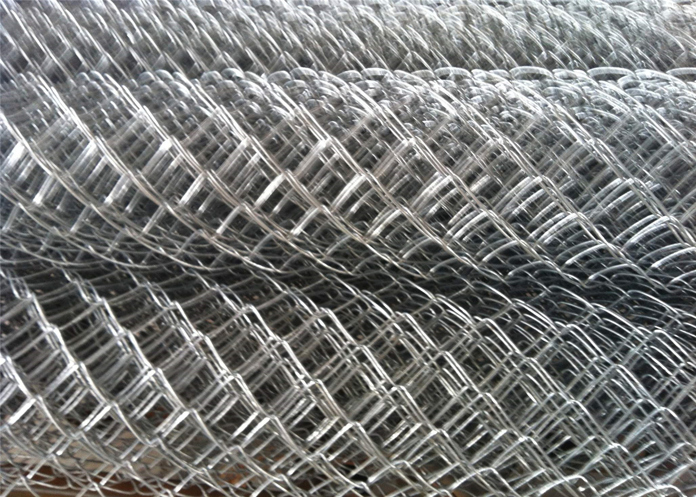 HDG chain wire fencing 6ft x 20ft mesh 2 x 2 8 gague wire for sale ...
