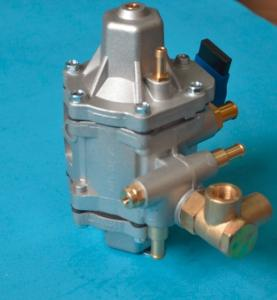 China CNG LPG reducer regulator for cng conversion kits on sale