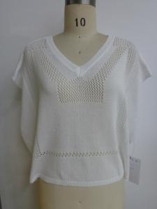 China Spring White Loose Boxy Tee V Neck Sweater Women With Back Longer on sale
