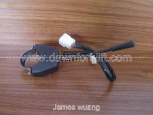 China 3 Wire Self Locked Turn Light Switch / Turn Signal Switch For Electronic Forklift Truck on sale