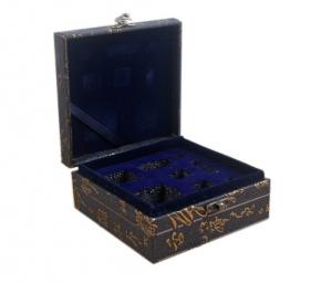 Quality Luxury Gift Box Metal Closure Black Cardboard Gift Boxes With Lids for sale