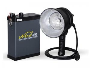 China 600W Sync cable Triggering way Outdoor Flash Photography with Light stand holder on sale