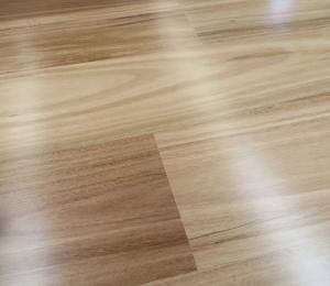 China 5G click Blackbutt Engineered Timber Flooring, smooth and high gloss finishing, square edge on sale