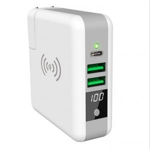 China QI Wireless Power Bank With Interchangeable plug Travel Charger Type C 5V 3A dual USB 5V 2.4A Output on sale