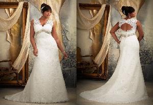 China Plus Size Lace Wedding Dress on sale