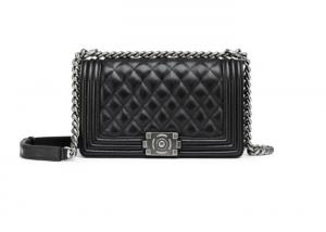 China Quilted Chain Crossbody Shoulder Bag / Genuine Leather Sheepskin Bag For Women on sale