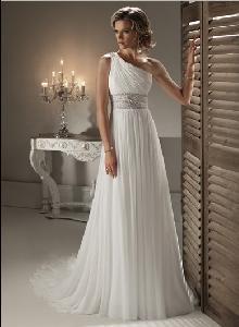 China Maggie 2011 Wedding Dress (Asha) on sale