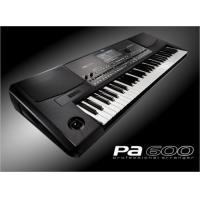 Korg PA-600 Professional 61-Key Arranger Keyboard with Built-In Speakers, PA600 Keyboard Arranger Excellent condition