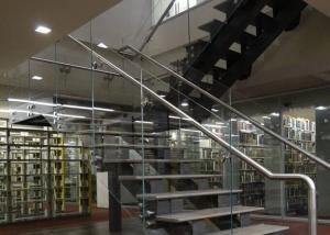 China U Shape Tempered Glass Stair Railings Interior , Steel Staircase With Wood Treads on sale