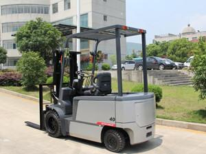 China Four Wheel Battery Powered Forklift Customised Color 4011mm Max Lift Height on sale