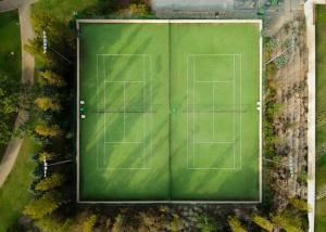China 15mm School Artificial Tennis Court Surfaces , Multiple Purpose Synthetic Grass Tennis Court on sale