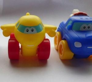 China EN71 Vinyl Pullback Racer toy, 6p free cartoon car pull-back vehicle toy on sale