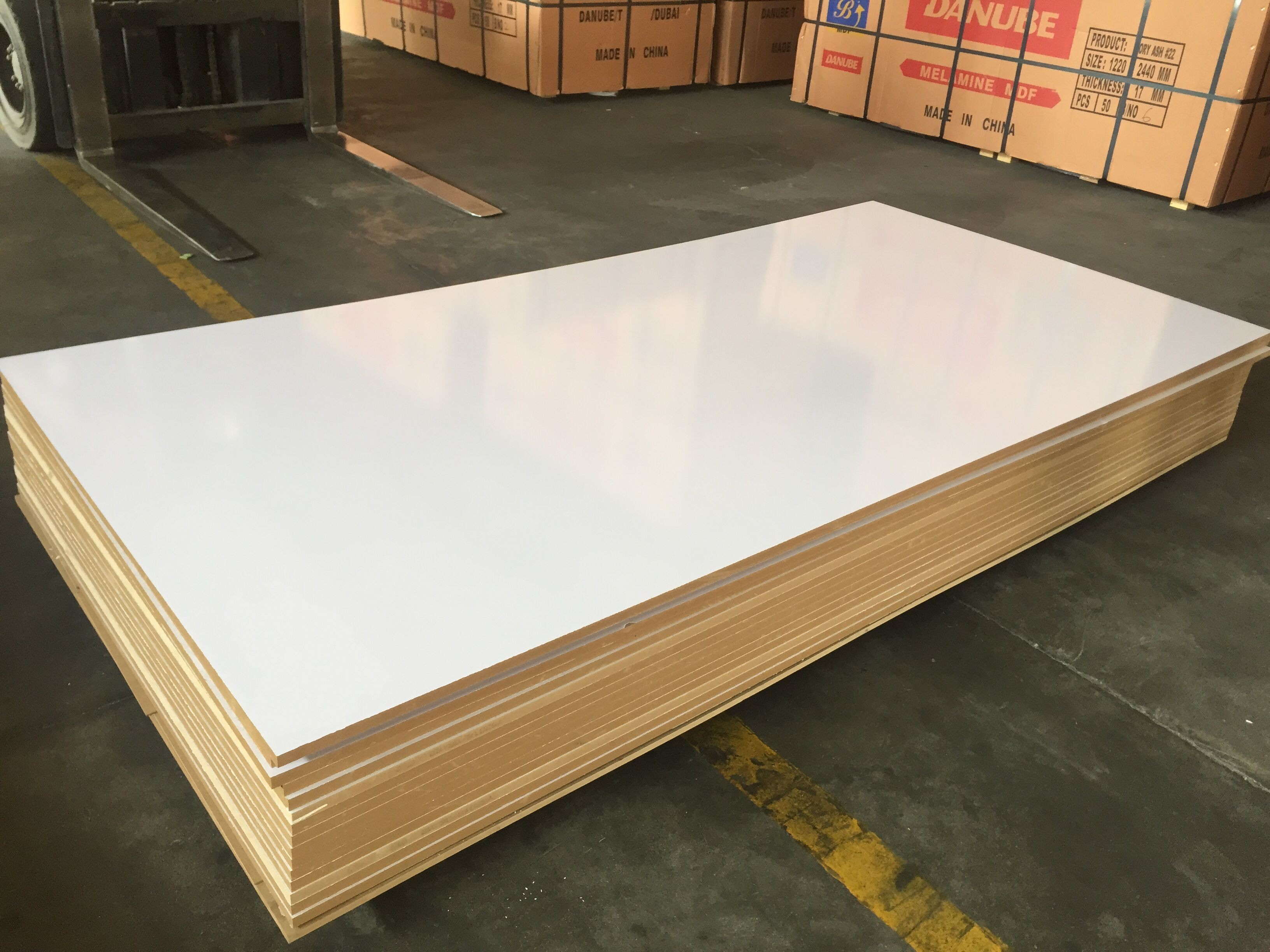 Melamine Mdf Titanium White High Glossy Mdf E2 Glue For