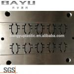 PA66 GF25 Thermal Break Strips Extrusion Mold Used in Extruding Machine