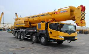 China Mobile Truck Crane , Large Truck Mounted Crane With Big Torque Starting Point on sale