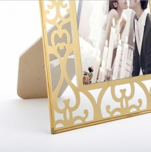 China Vertically Stand Metal And Glass Photo Frame , A4 Glass Picture Frames on sale