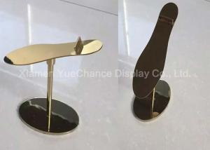 China Custom Design Metal Decorations Crafts Gold Color Standing Style Shoe Display Rack on sale