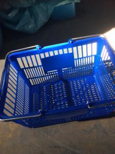China Durable plastic shopping basket supermarket shopping basket on sale