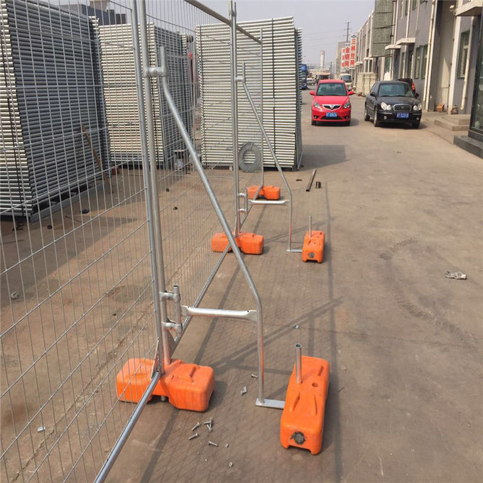 Australia standard temporary fencing panels and plastic/concrete feet