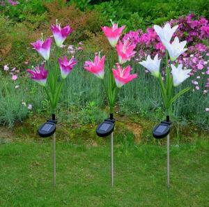 China Solar Powered Outdoor Garden Stake Lights with 4 Lily Flower, Multi-color Changing LED Solar Lights on sale