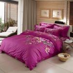 La cama púrpura del poliéster del color fijó para el super suave casero del dormitorio/del hotel