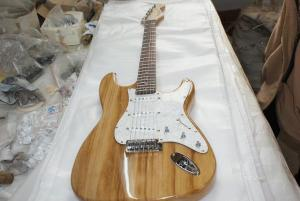 China stracaster electric guitar with handcase on sale