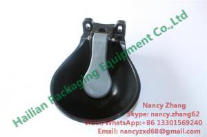 China Plastic 1.6l Calves Drinking Livestock Water Bowl Dairy Farm Equipment on sale