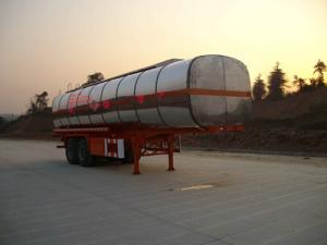 China CLWTo automobile 10 m 20 t 2 axis chemical liquid transport semi-trailer ZL9290G on sale