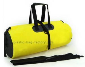 China 30L 500D Tapaulin Waterproof Duffel Bag Tear Resistant OEM / ODM For Men on sale