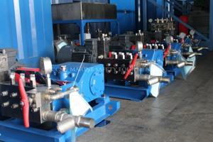 China High Pressure Water Blasting Pipe Cleaning Machine on sale