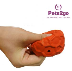 China OEM food leakage Soft Rubber Ball for Small Animals on sale